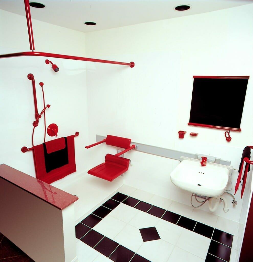 Bathroom Safety Design Tips for Elderly Access -