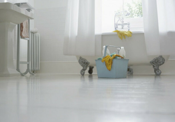 Quick and Easy Bathroom Cleaning Tips  Image